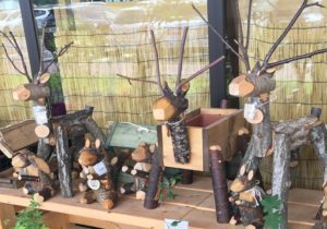 発地市庭の木彫り